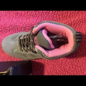 d8efc5d126efa Magellan Outdoors Shoes - Girls Magellan Endeavor Hiking boots size 4.5